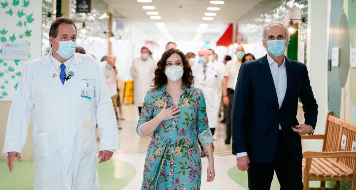 Díaz Ayuso y Ruiz Escudero en el Hospital Infantil Niño Jesus
