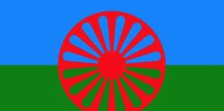 Pueblo gitano bandera y logo